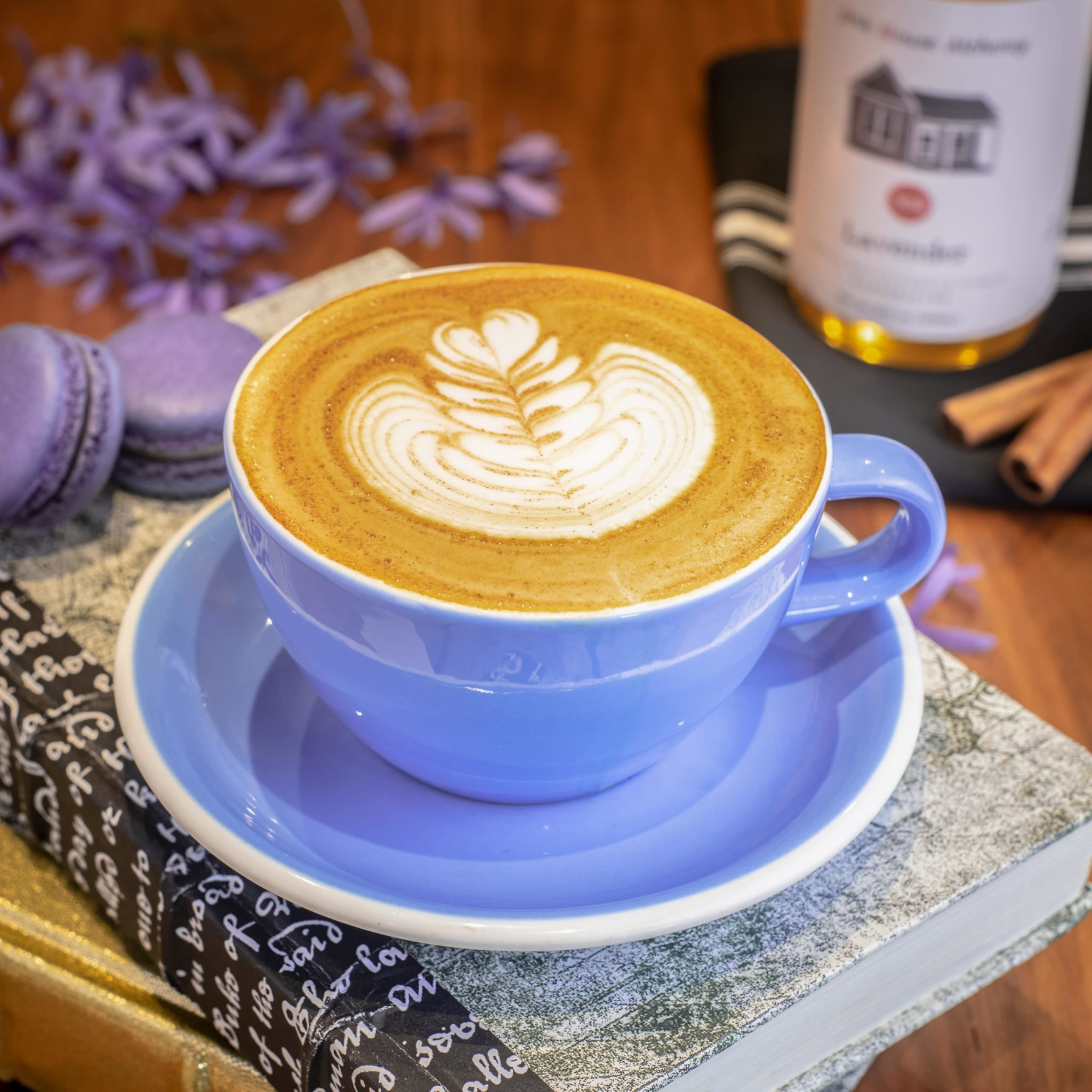 Craft Coffee Near Me - The Glass Knife in Winter Park, FL - Lavender Cinnamon Latte